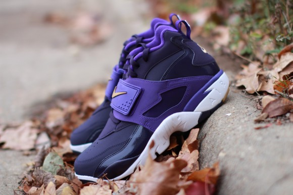 nike-air-diamond-turf-purple-dynasty-metallic-gold-electro-purple-release-date-info-1