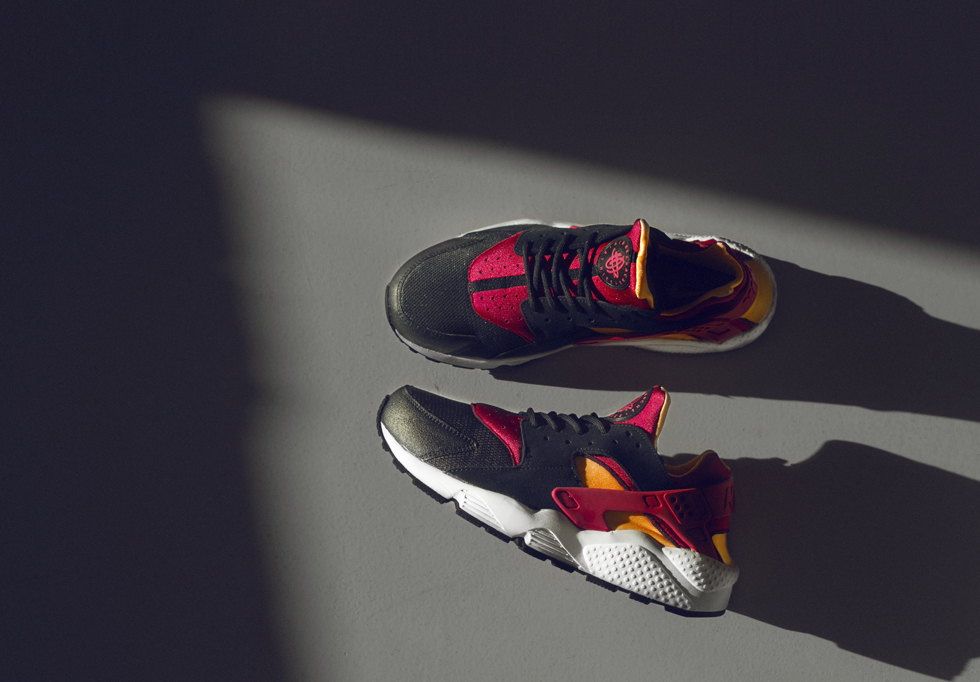 nike-air-huarache-black-laser-orange-fuchsia-size-worldwide-exclusive-1