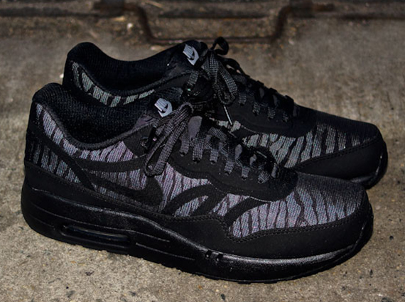 "Nike Air Max 1 PRM Tape BlackSilverAnthracite ""Reflect"