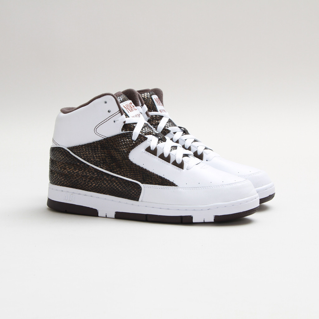 nike-air-python-lux-sp-white-white-baroque-brown-1