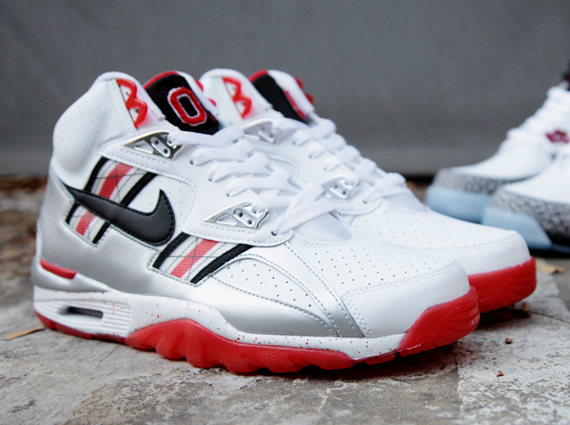 nike-air-trainer-sc-high-prm-qs-ohio-state-release-date-info-2