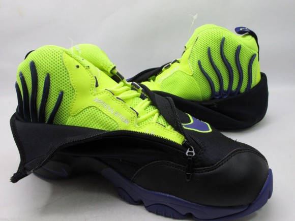 nike-air-zoom-flight-the-glove-black-court-purple-volt-new-images-1
