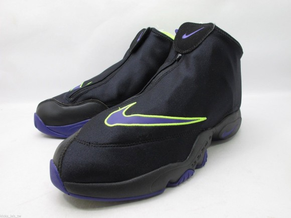 nike-air-zoom-flight-the-glove-black-court-purple-volt-new-images-2