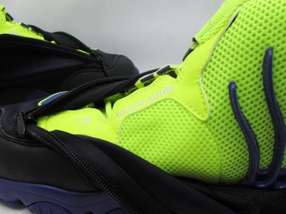 nike-air-zoom-flight-the-glove-black-court-purple-volt-new-images-5
