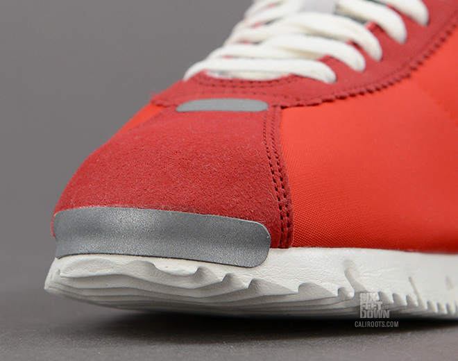 nike-cortez-nm-qs-chilling-red-sail-gym-red-metallic-silver-4