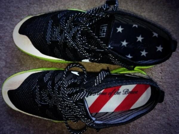 Nike Flyknit Chukka Us