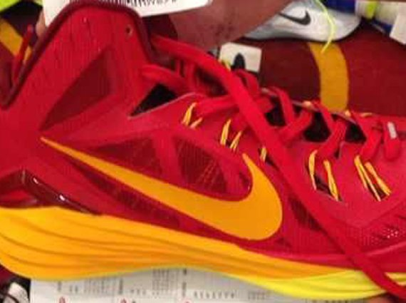 Nike Hyperdunk 2014 First Look