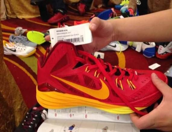 Nike Hyperdunk 2014 First Look