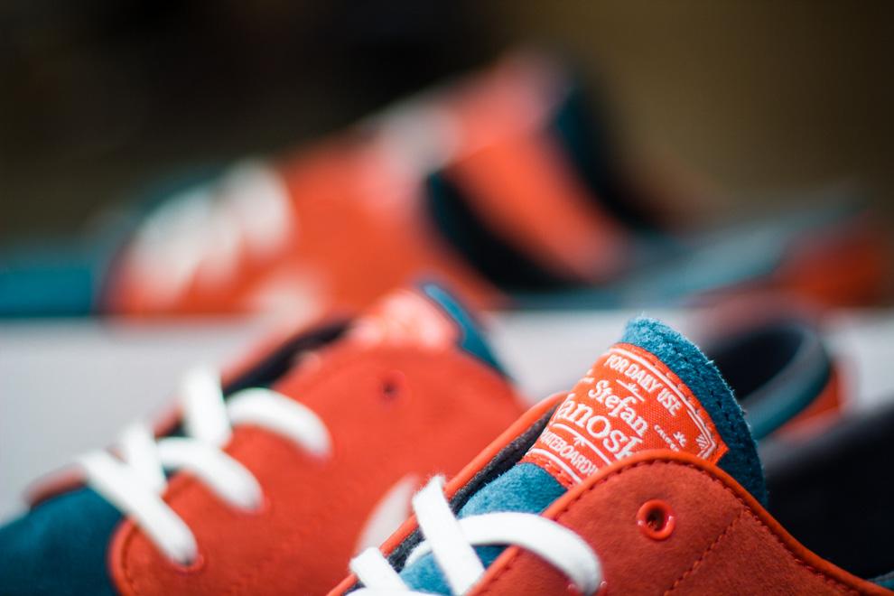 nike-sb-zoom-stefan-janoski-dark-sea-white-team-orange-2