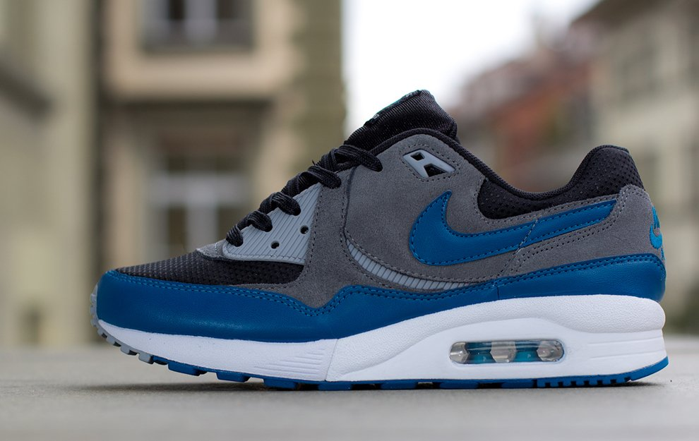 nike-wmns-air-max-light-black-green-abyss-cool-grey-wolf-grey-1