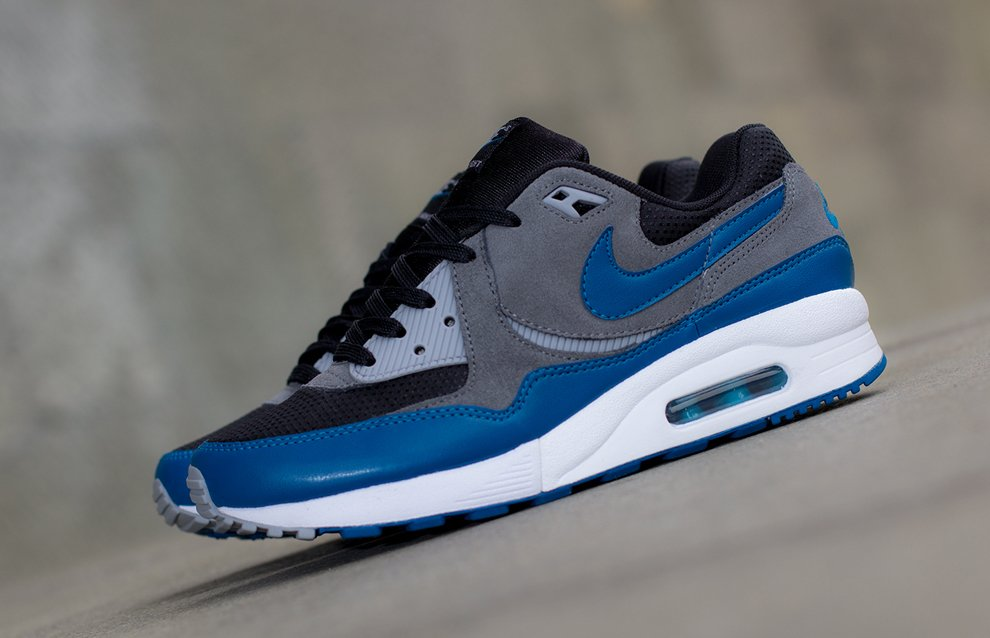 nike-wmns-air-max-light-black-green-abyss-cool-grey-wolf-grey-2