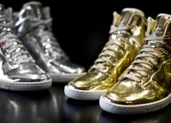 Nike WMNS Dunk Sky Hi 'Liquid Metal' Pack | Now Available
