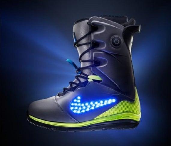 Nike Snowboarding Lights It Up with New LunarENDOR