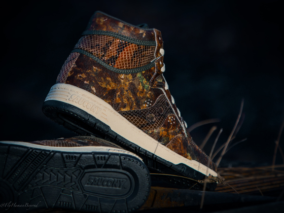 packer-shoes-saucony-hangtime-hi-woodland-snake-unveiled-release-date-10