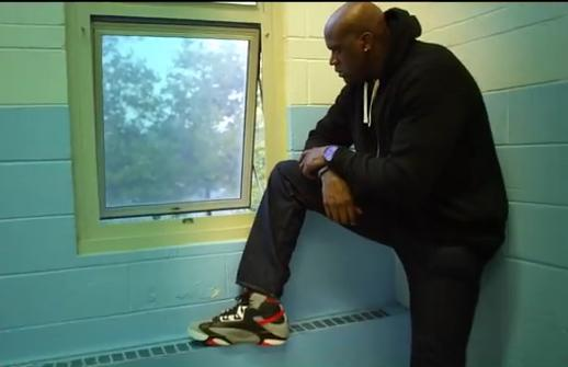 reebok-shaq-attaq-brick-city-commercial-starring-shaq-redman-video