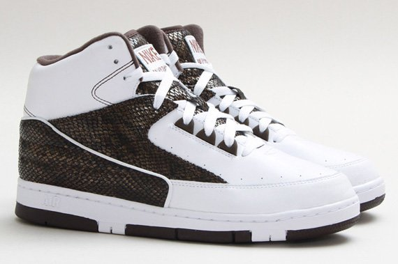 release-reminder-nike-air-python-lux-sp-white-white-baroque-brown