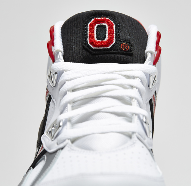 release-reminder-nike-air-trainer-sc-high-prm-qs-ohio-state-3