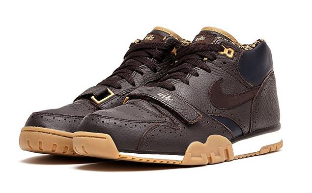 release-reminder-nike-air-trainer-velvet-brown-velvet-brown-dark-obsidian-2