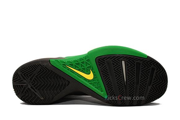 Nike Hyperfuse AplGrnBlk
