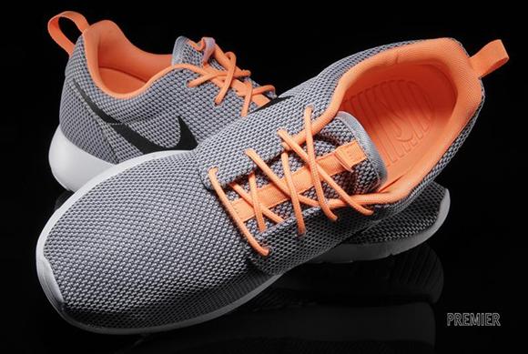 info for a4728 358a7 Nike Roshe Run