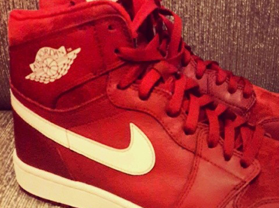 Air Jordan 1 Retro High OG Red White