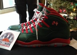 "Air Jordan 10 Ray Allen ""Christmas"" PE"