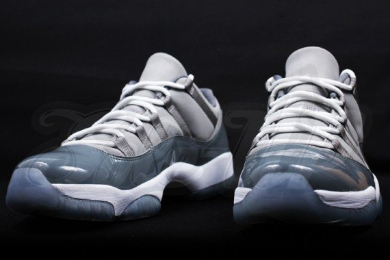 Air Jordan 11 Low Cool Grey Detailed Look