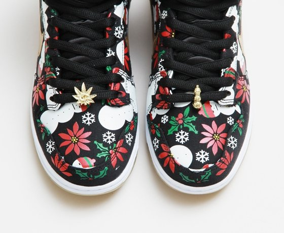 buy online 23710 f9aaa Concepts x Nike SB Dunk High Pro 'Ugly Sweater' - Black | Official ...