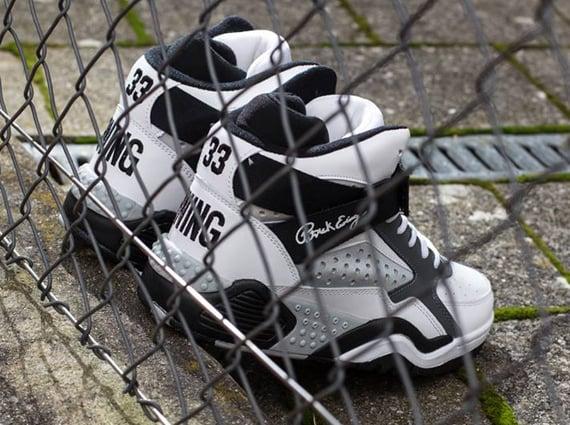 Ewing Focus White Black Grey