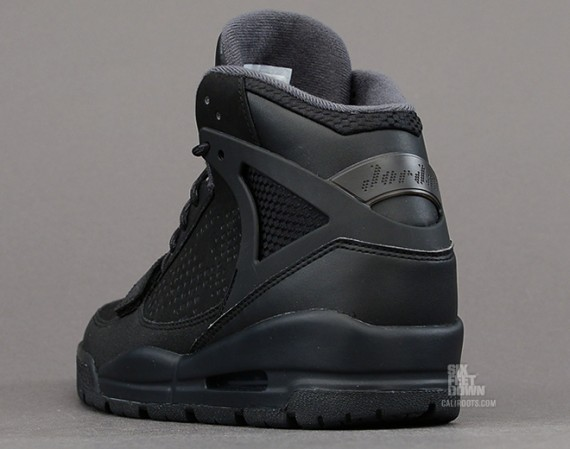 Jordan Phase 23 Trek Black Anthracite Now Available