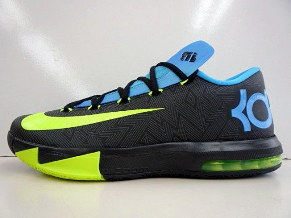 blue and black kds