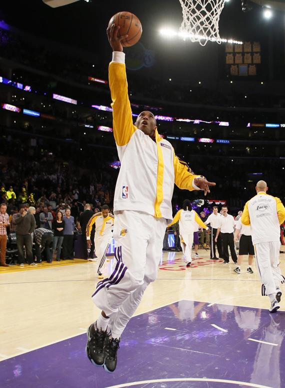 Kobe Bryant Makes Season Debut in the Nike Zoom Kobe 1 Prelude