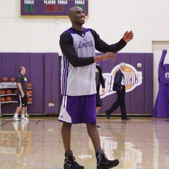 Kobe Bryant Practices in Nike Kobe 9 Elite