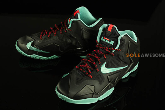 Nike LeBron 11 GS Black Mint Red