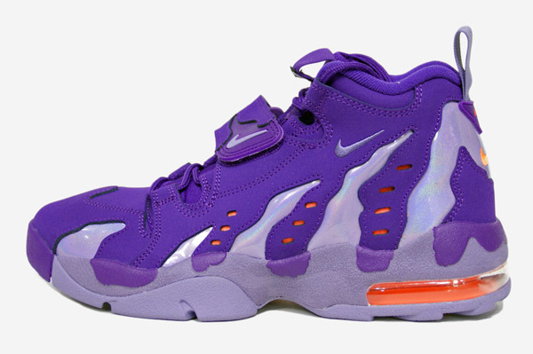 nike-air-dt-max-96-court-purple-imperial-purple-atomic-orange