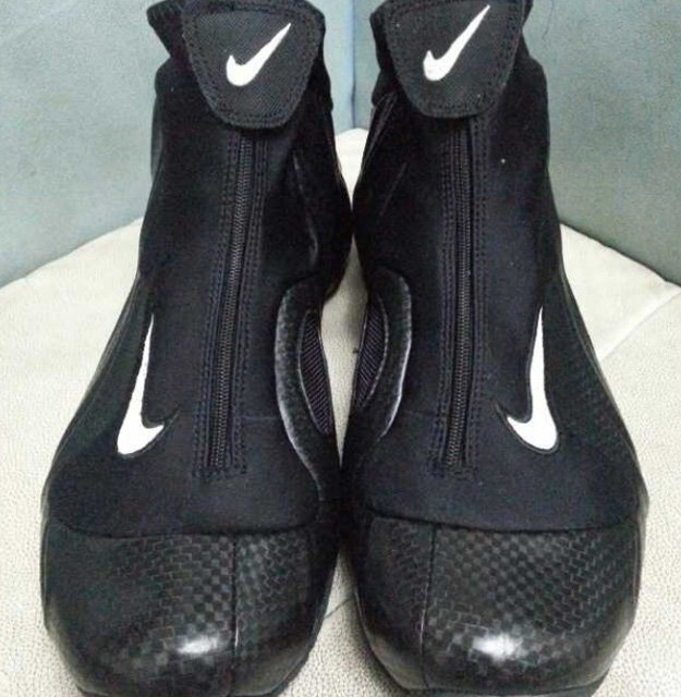 nike-air-flightposite-carbon-fiber-new-images-6