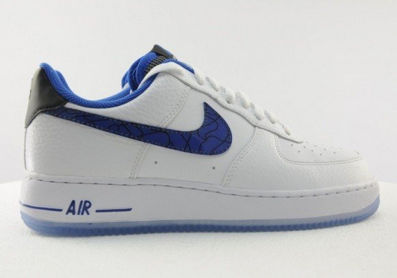 nike-air-force-1-low-07-penny-02-900x631