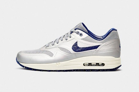Nike Air Max 1 Night Track Pack Release Date