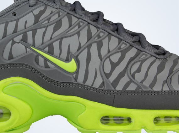 Nike Air Max Plus TN Reflective Zebra Pack Now Available