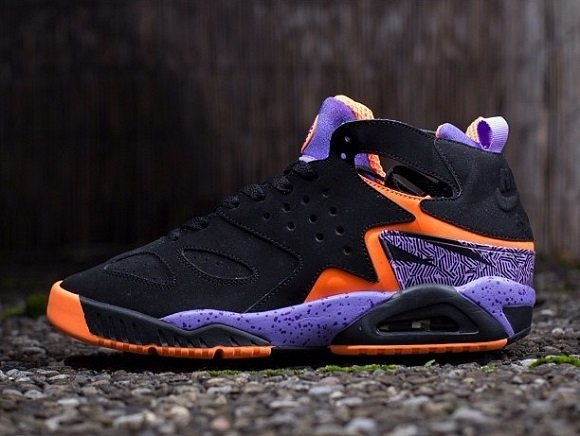Nike Air Tech Challenge Huarache Black Court Purple Atomic Orange