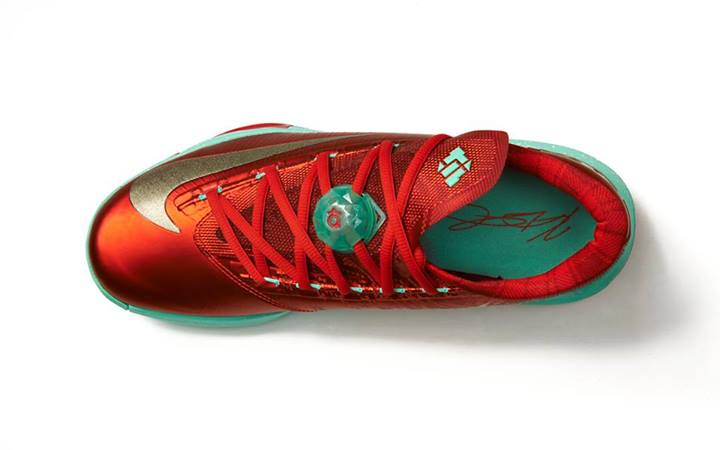 nike-basketball-christmas-pack-footlocker-release-details-10