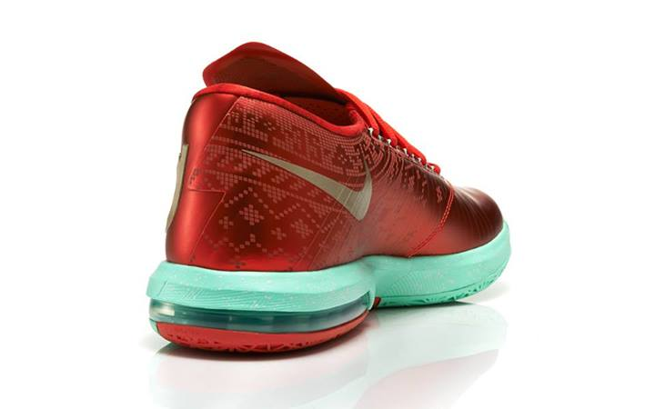nike-basketball-christmas-pack-footlocker-release-details-9