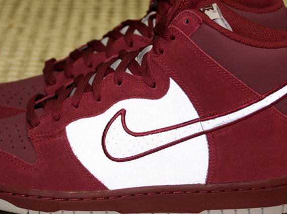 Nike Dunk High Maroon 3M Now Available