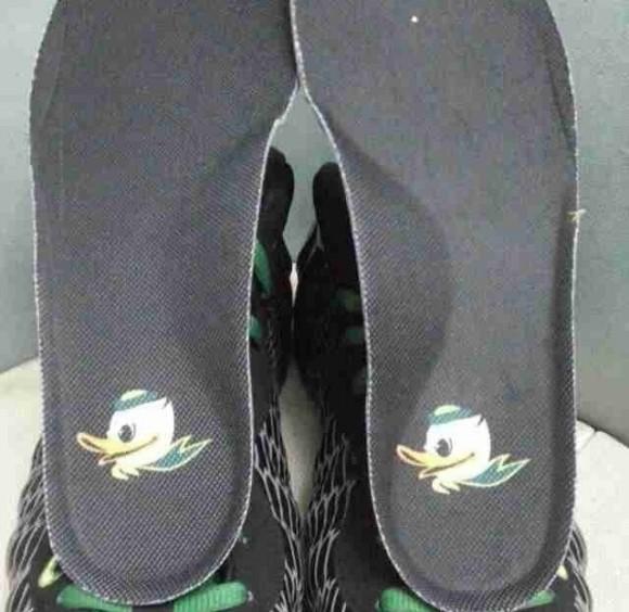 Nike Foamposite One Oregon Even Closer Look