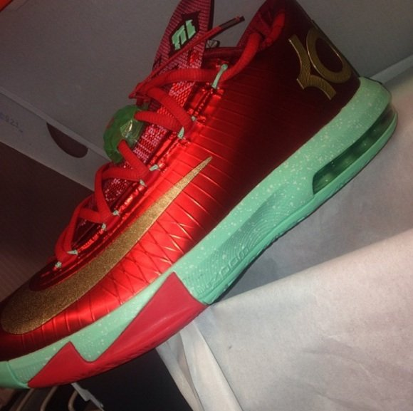 Nike KD 6 Christmas First Look