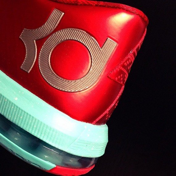 Nike KD 6 Christmas Yet Another Look