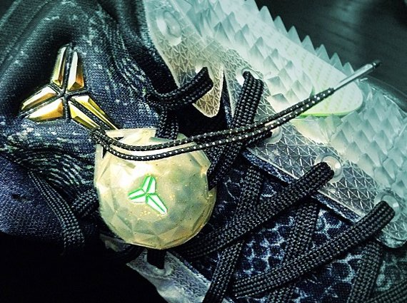 "891c655af7e1 Nike Kobe 8 ""Christmas"" - Yet Another Look"