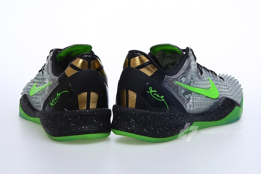 Nike Kobe VIII (8) SS Christmas | Release Date + Info