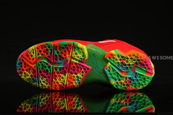 f883d461b2407 Nike LeBron XI (11) GS  Fruity Pebbles