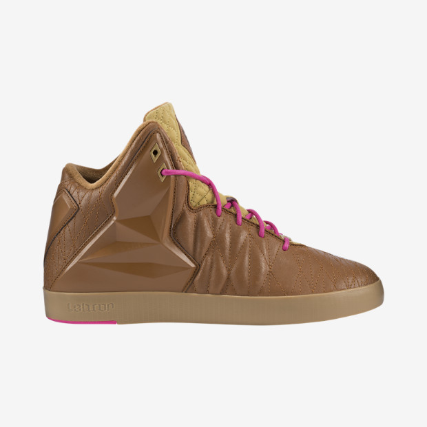 nike-lebron-xi-11-nsw-lifestyle-hazelnut-flat-gold-pink-foil-now-available-1